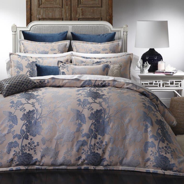 best price linen ambrosia indigo by da vinci private collection. Black Bedroom Furniture Sets. Home Design Ideas