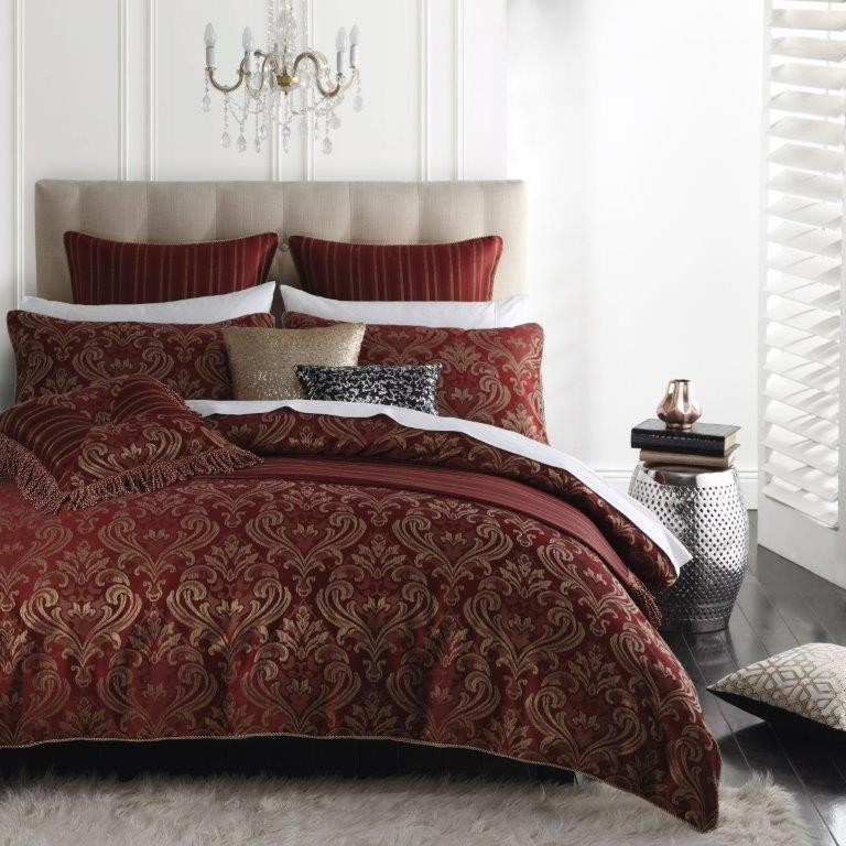 At CV Linens we pride ourselves on offering a wide selection of beautiful linens that are perfect for an array of occasions. Our stock consists of many decorative and unique items that are all offered at wholesale and discount prices.