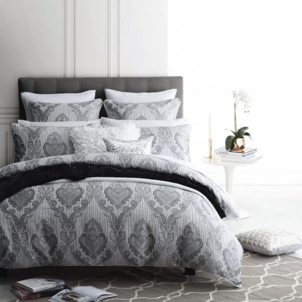 Marcella Silver By Logan Amp Mason Quilt Covers Best