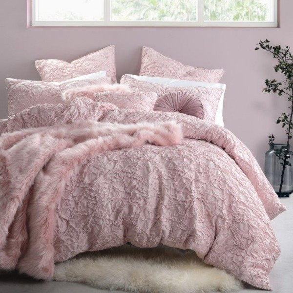 Trinity Musk By Logan Amp Mason Quilt Covers Best Price