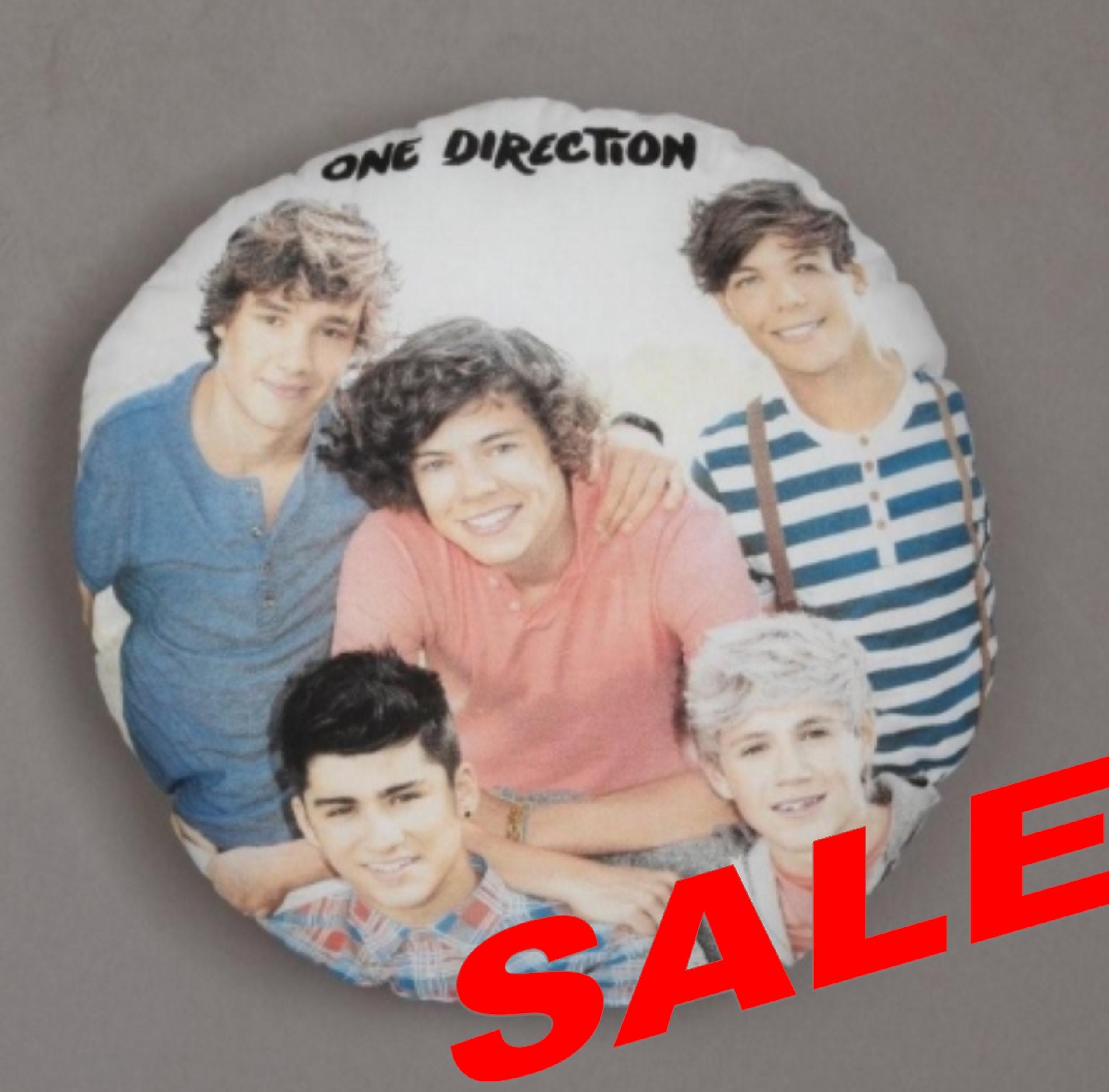 One Direction Design 3 Round Cushion