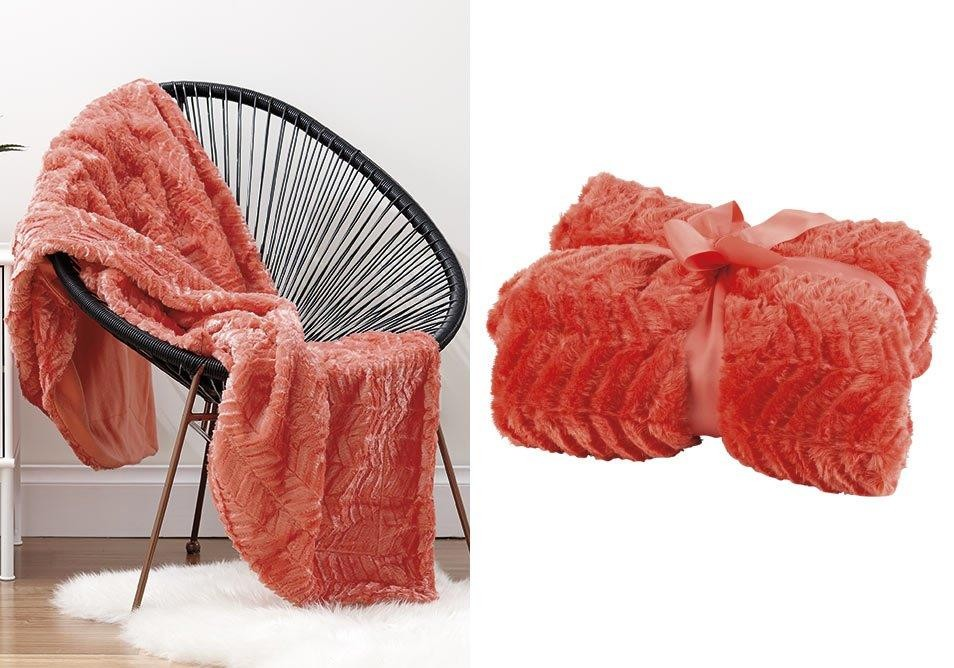 Coral Chevron Throw by Ladelle