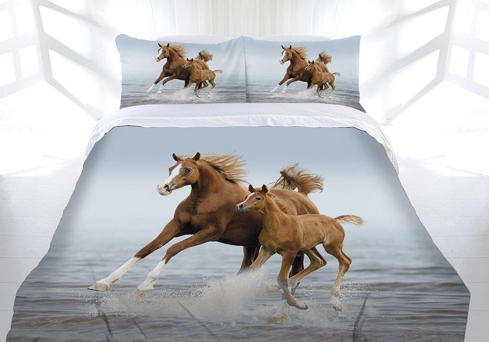 Frolicking Horse Quilt Cover Set