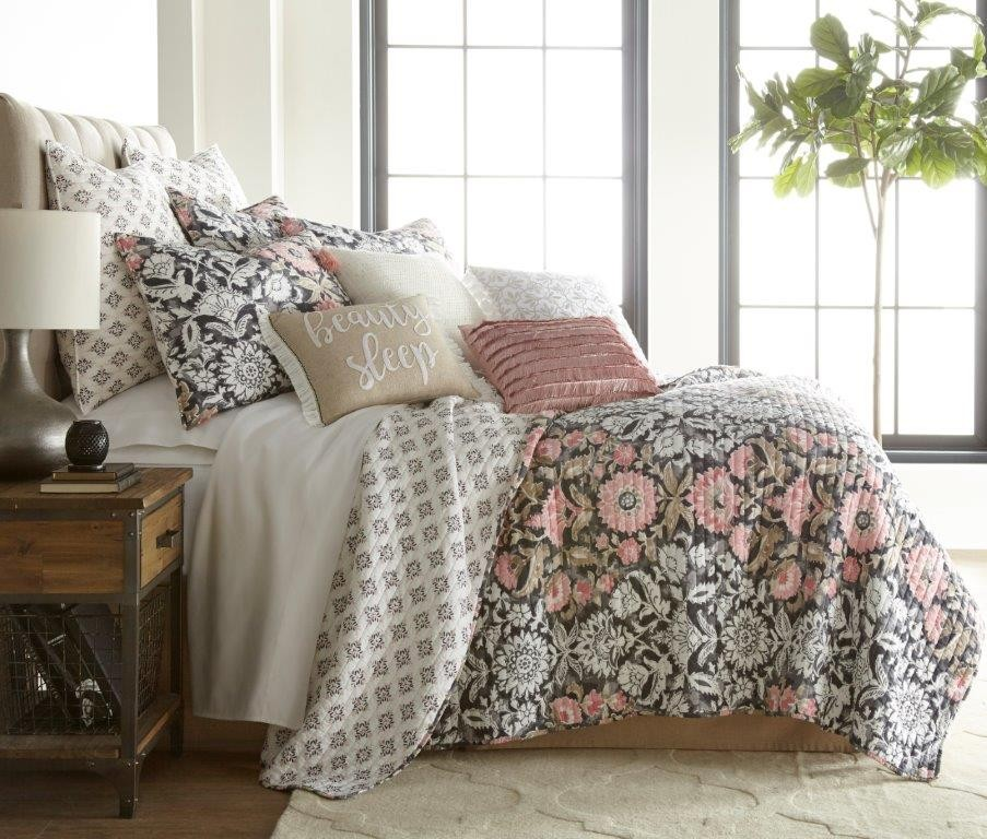 Loretta Quilted Coverlet