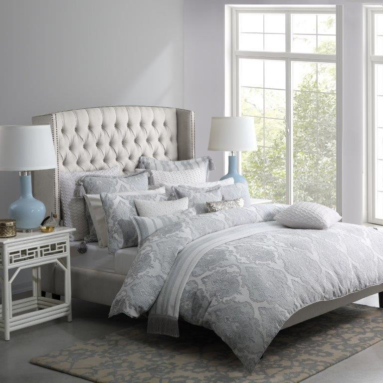 Marseilles Silver King bed Quilt Cover Set by Da Vinci Private Collection