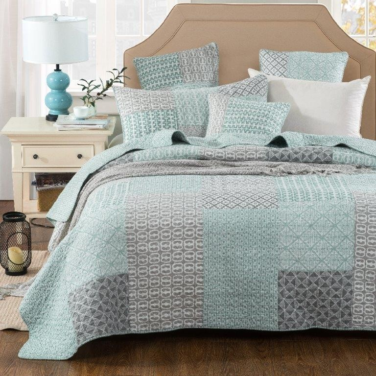 Mountain Meadow Coverlet