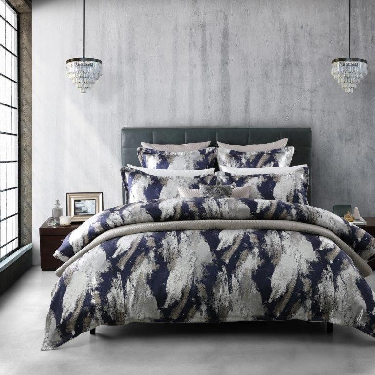Vasari Navy King bed Quilt Cover Set by Da Vinci Private Collection