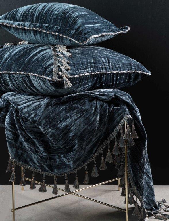 Venetian Blue Accessories by Da Vinci Private Collection