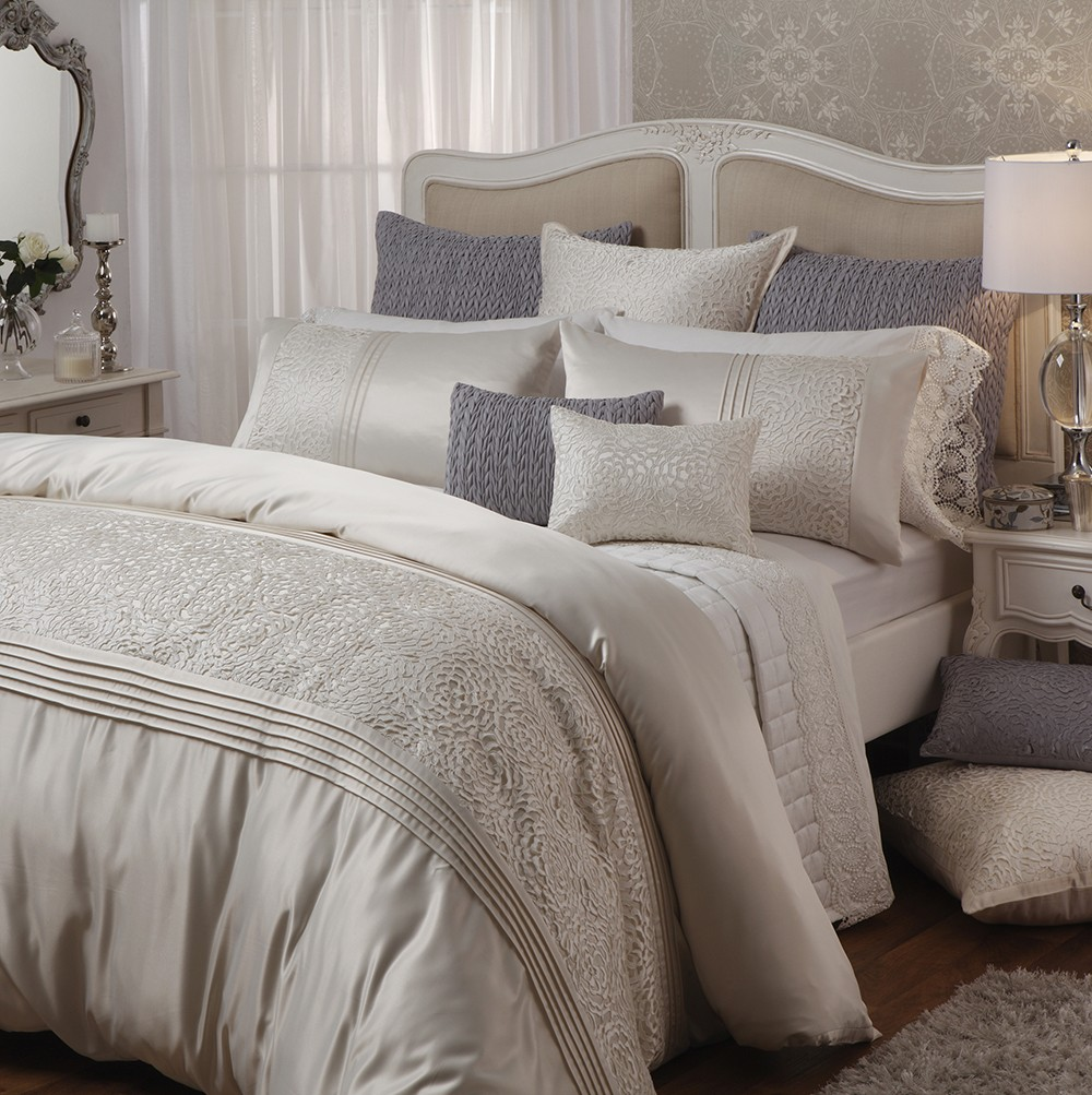 xanthia ivory by private collection quilt covers best price linen. Black Bedroom Furniture Sets. Home Design Ideas