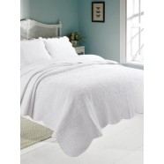 Antique White Quilted Coverlet